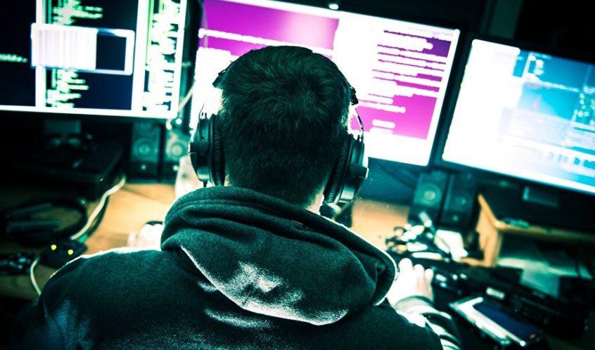هکرهای سایبری روسی صدها