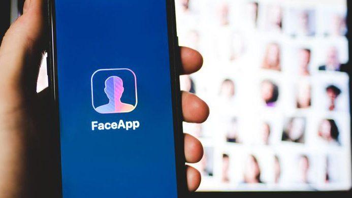 FaceApp جعلی