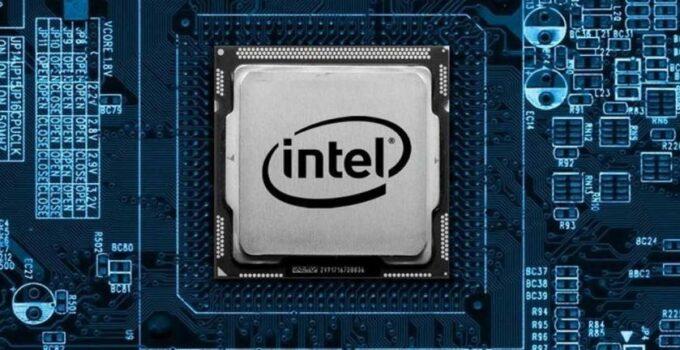پت گلسینگر مدیر عامل فعلی شرکت VMware به مدیریت جدید Intel منصوب می شود .